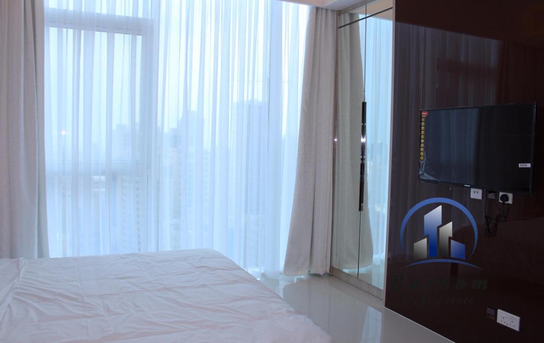 Luxury One Bedroom Flat 4