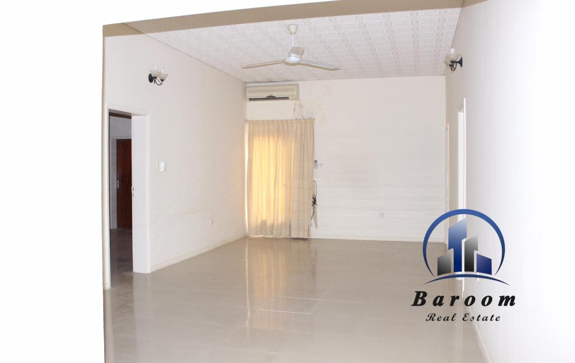 Grand Three Bedroom Apartment 6