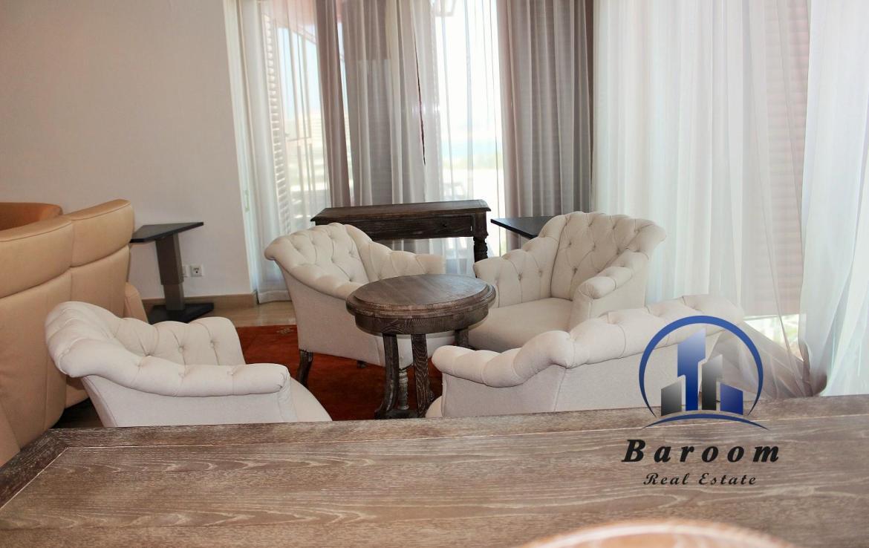 3 Bedroo1m Apartment Reef