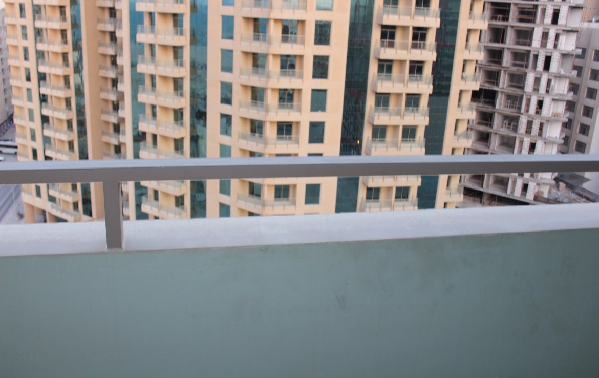 Two Bedroom Shiny Apartment2