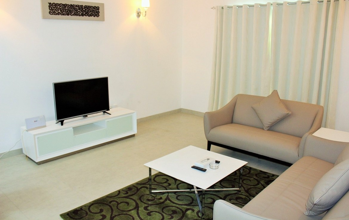 Inviting Two Bedroom Apartment1