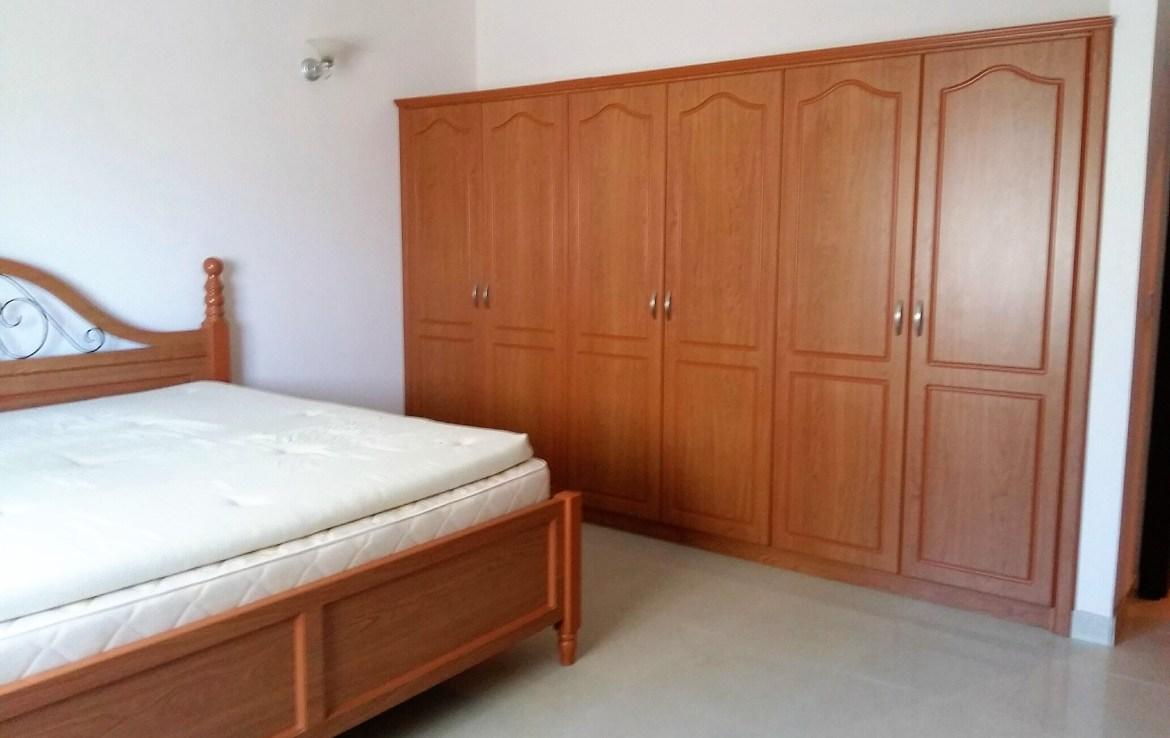 Bright Three Bedroom Apartment6