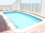 Bright Two Bedroom Vibrant Apartment 77