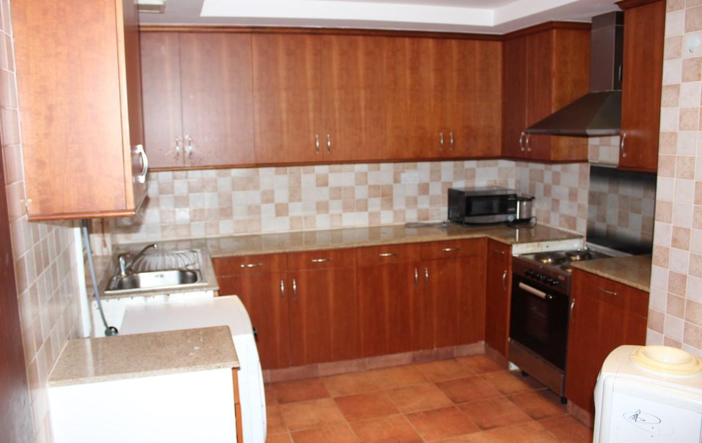 Luminous Two Bedroom Beautiful Apartment