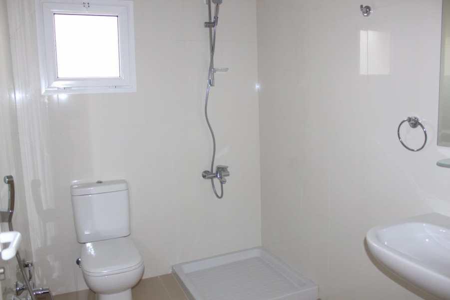 Three Bedroom Unfurnished Apartment7