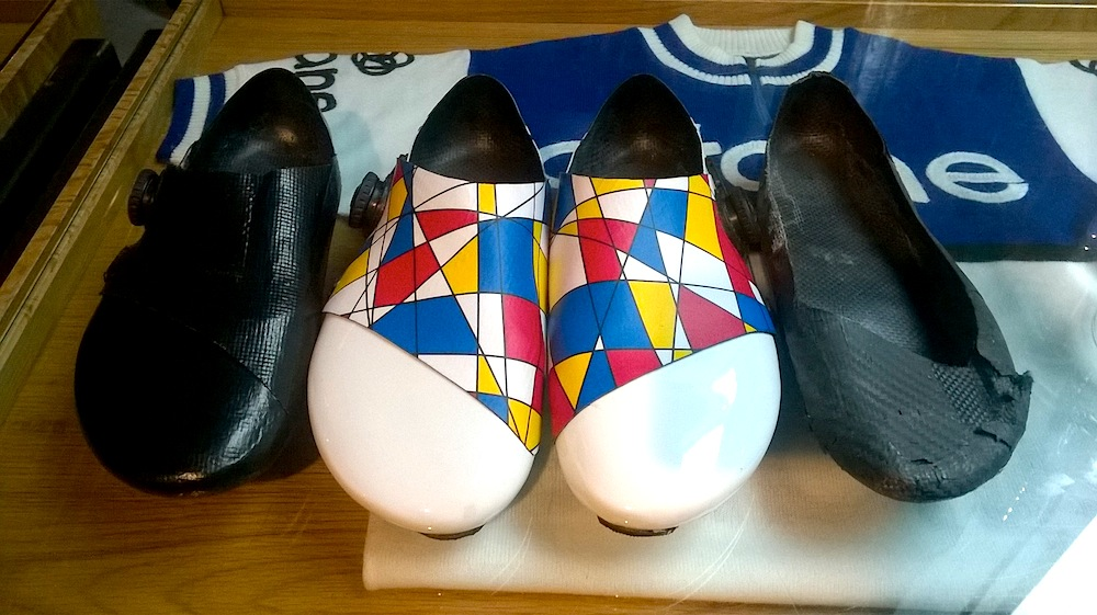 custom cycling shoes - with exquisite designs too