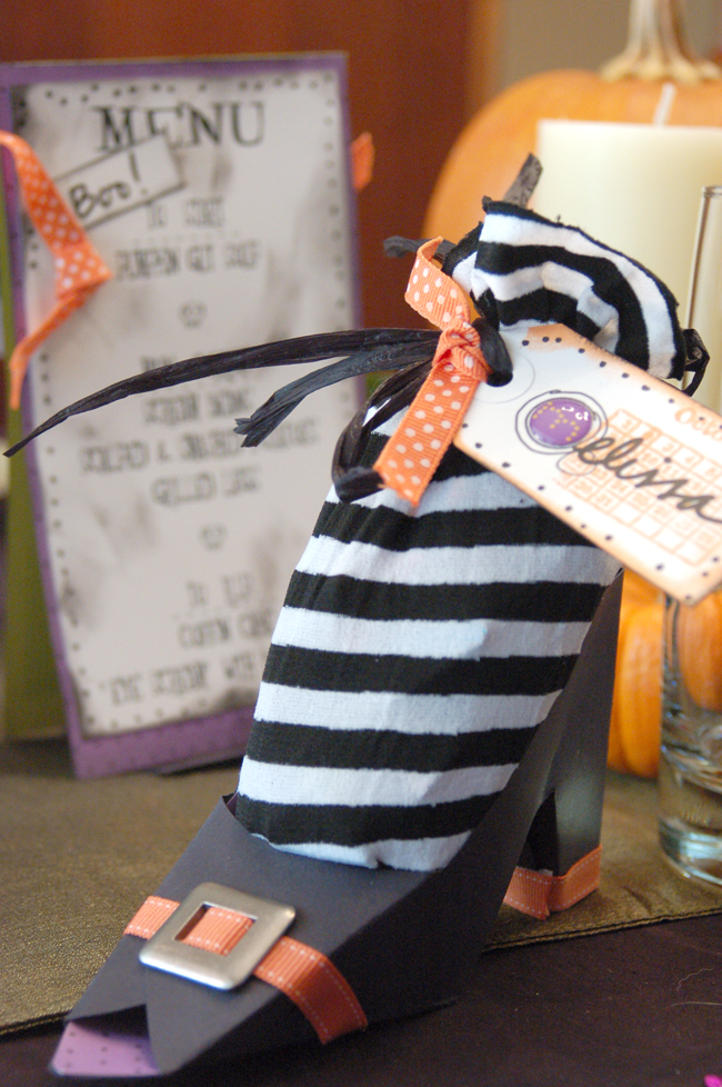 ghoul's night halloween witch's shoe favor