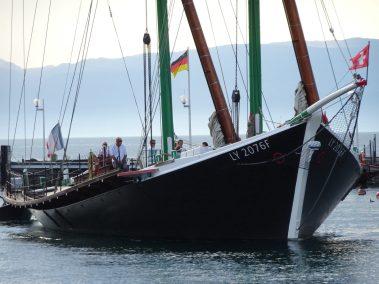 La Savoie sort du port