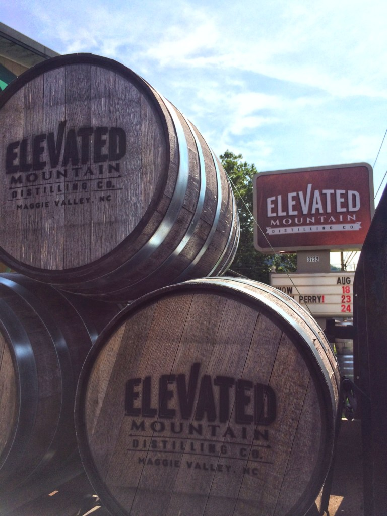 elevated mountain distilling co, maggie valley, north carolina, distillery, barrel aged creations, whiskey, moonshine, tasting, small batch, craft spirits, old fashioned cocktail
