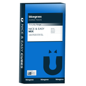 Bag of Bluegrass nice n easy mix horse feed