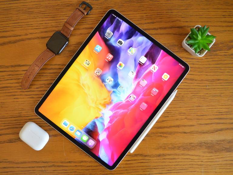 Review Apple iPad Pro 12,9 inci (2021) : Lebih Dari Yang ...