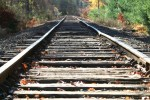 railroad-tracks-23521292901749uK0