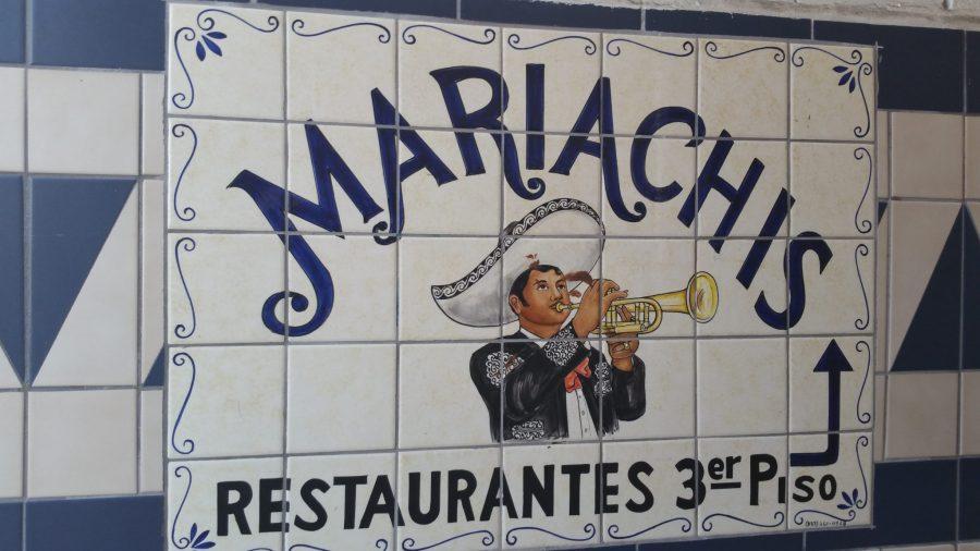 mariachis-al-mercadito
