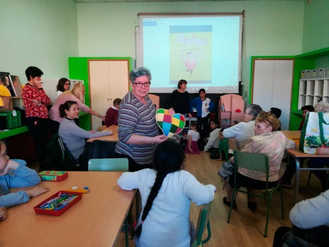 Corazones intergeneracionales y más en el Fernando el Católico