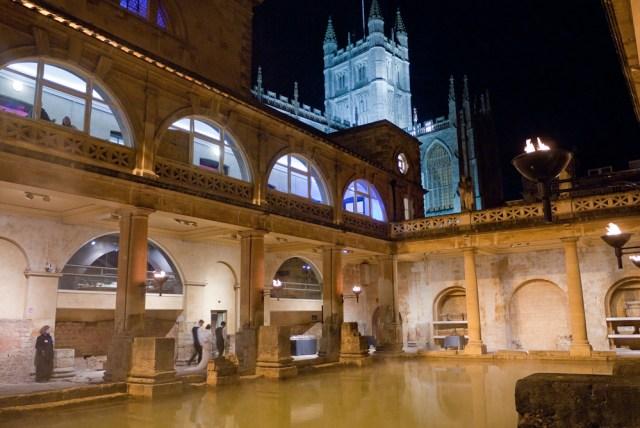 Bride coming into Roman Baths