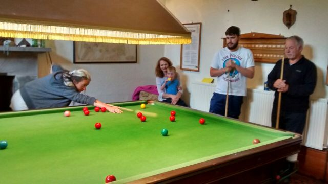 Snooker at Northmoor House 2015