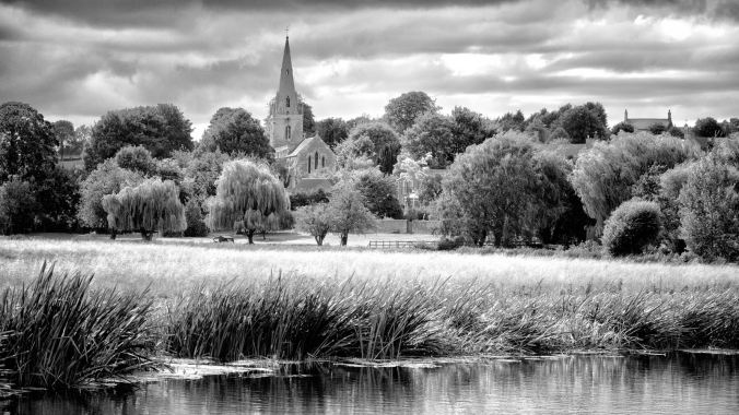 St Mary the virgin church at Woodford overlooking the river