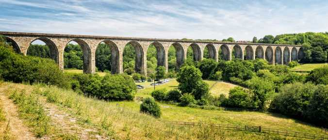 Cefn Mawr Viaduct by Barry Teutenberg
