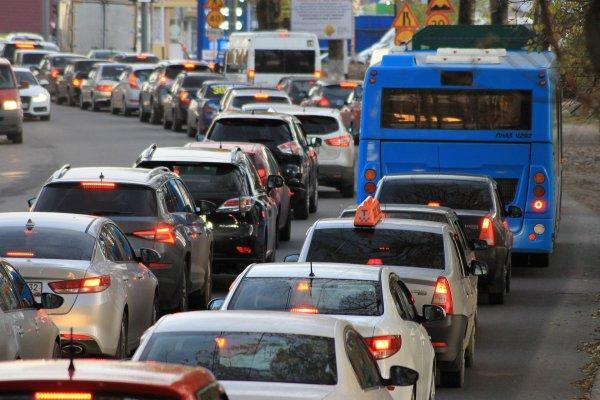 Um die Klimaschutzziele zu erreichen, müssen bis 2050 insgesamt deutlich weniger Fahrten gemacht werden.