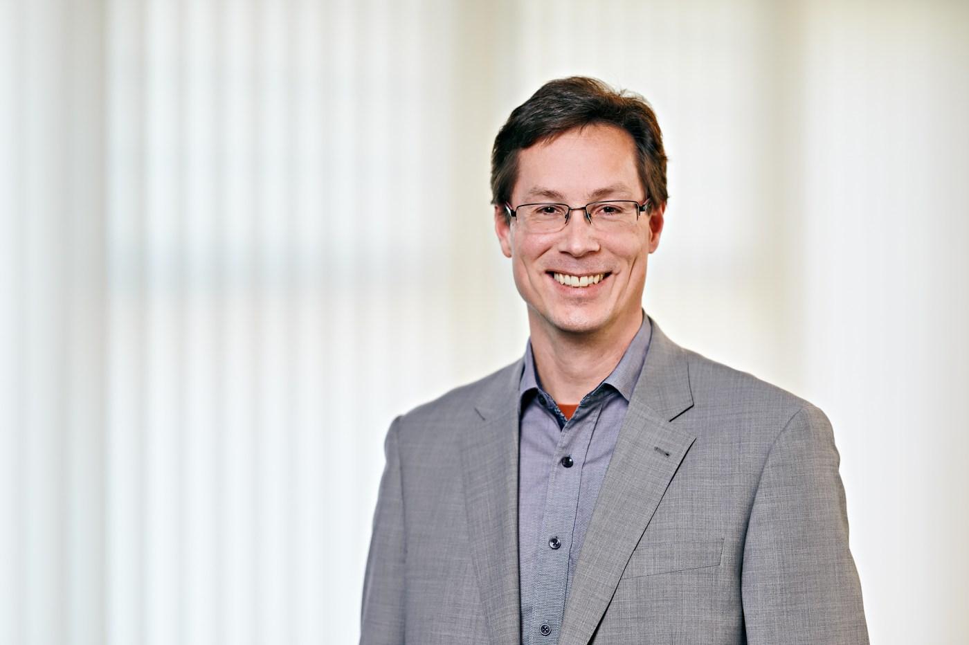 Sebastian Hallensleben, VDE