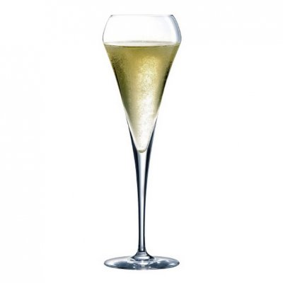 chef sommelier open up champagne glass