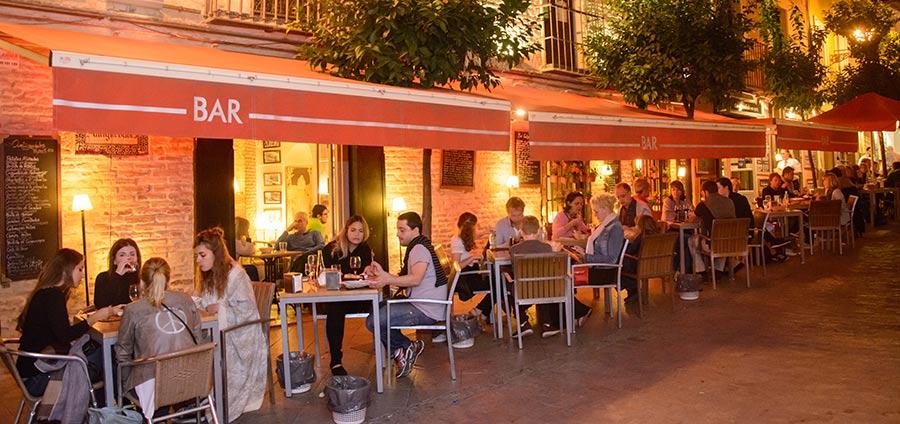 antigüedades bar terrace
