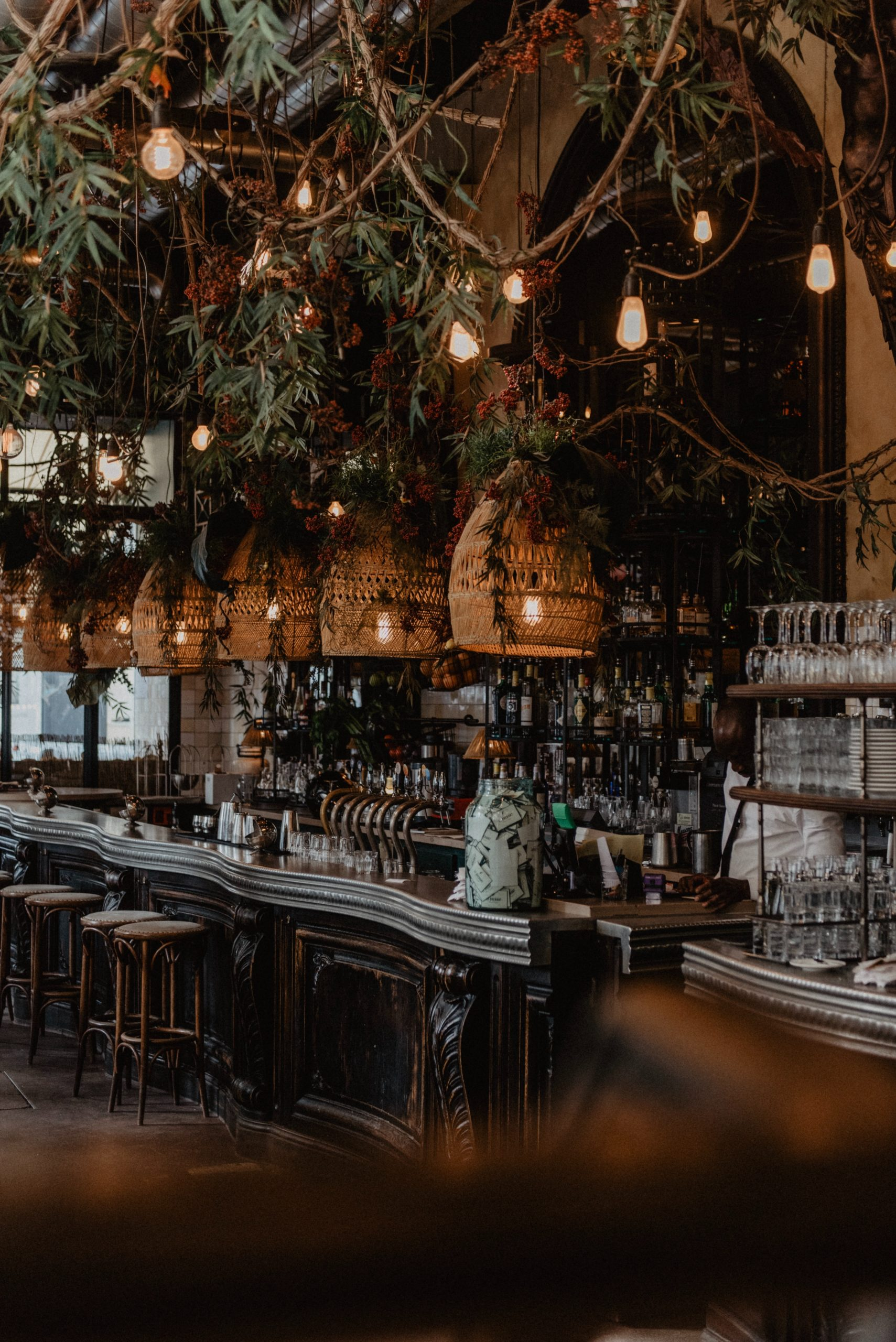Do Independent Bars Deserve Your Money?