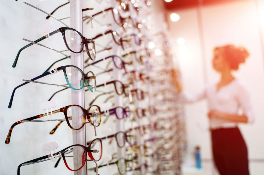 With over 20 different frame lines, from top designers like Tom Ford, Kate Spade, Carrera, Blackfin, and many more, Barth Vision & Optical has something for everyone.