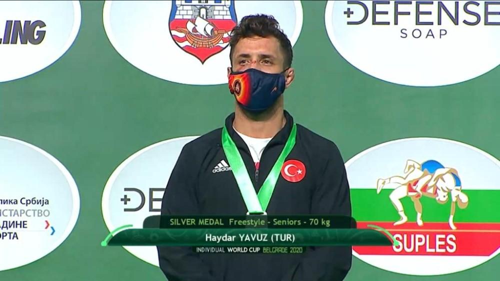 Bartın Üniversitesi öğrencisi milli güreşçi Haydar Yavuz, dünya ikincisi oldu