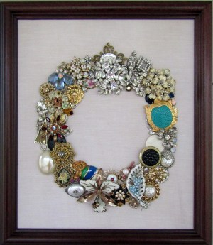 Framed Jewelry Wreath With Bling