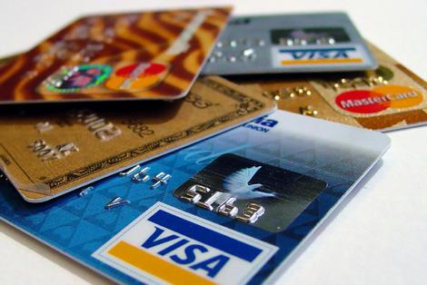 Alerting your credit card company