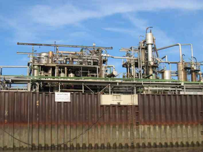 oil-rafinery-1222524