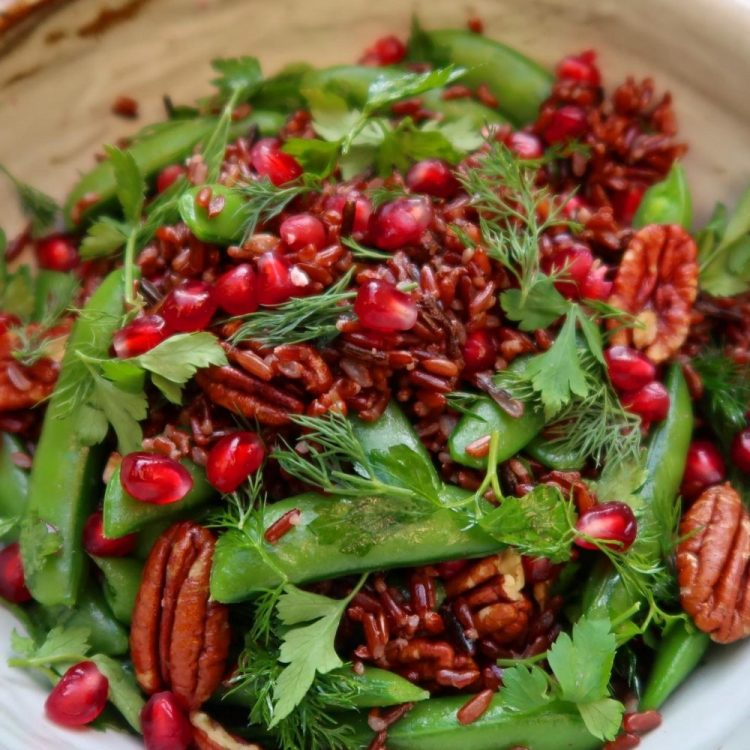 Crunchy Camargue rice with pomegranate