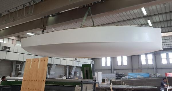 Гоночная яхта LOOP650 из полностью перерабатываемых материалов вскоре будет спущена на воду
