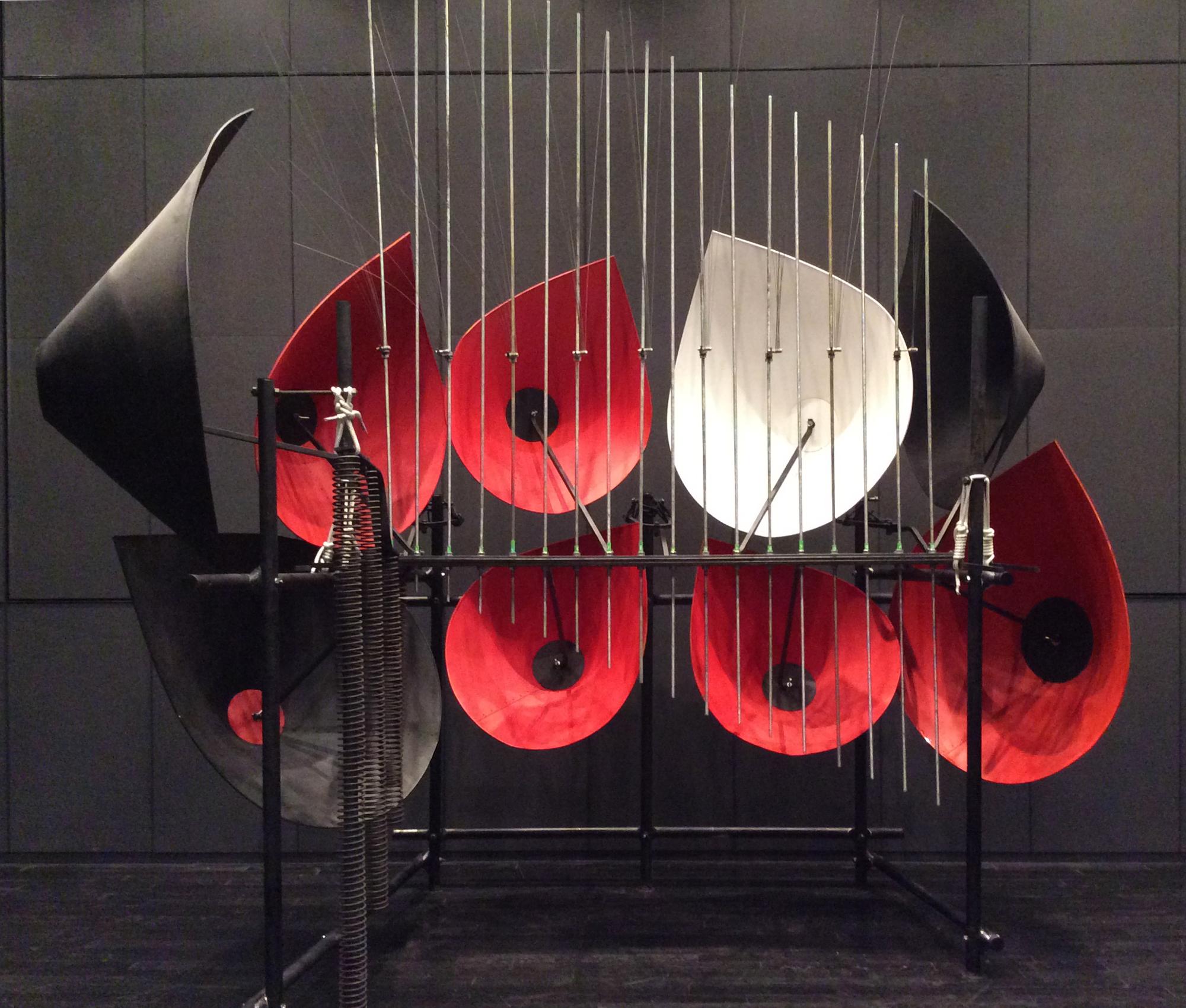 バシェ音響彫刻・川上フォーン