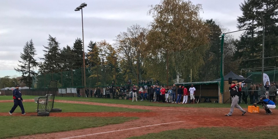 Berlin Braves und Baseball School Berlin team up for one of Berlins best events ever