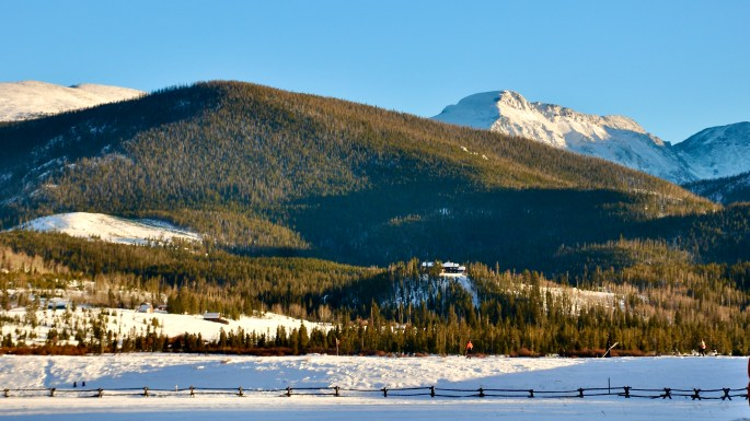 Skiing at Devils Thumb Ranch