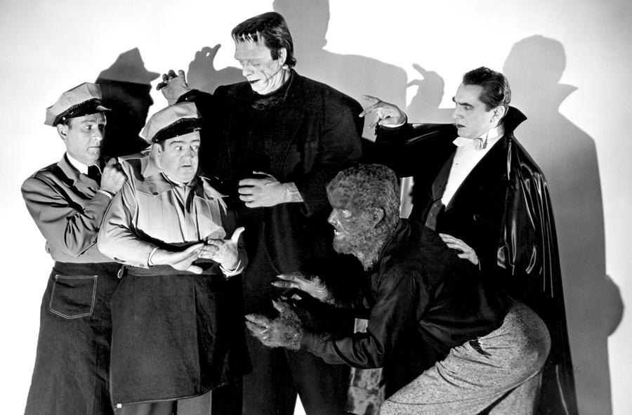 Bud Abbott, Lou Costello, Glenn Strange, Lon Chaney, Jr., and Bela Lugosi in ABBOTT AND COSTELLO MEET FRANKENSTEIN, 1948.