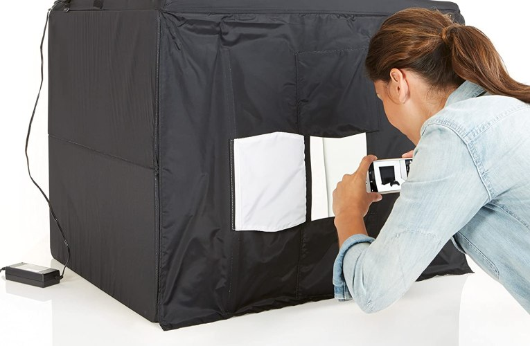 BASEMENT PRODUCT REVIEW: Amazon Basics Portable Foldable Photo Studio Box with LED Light