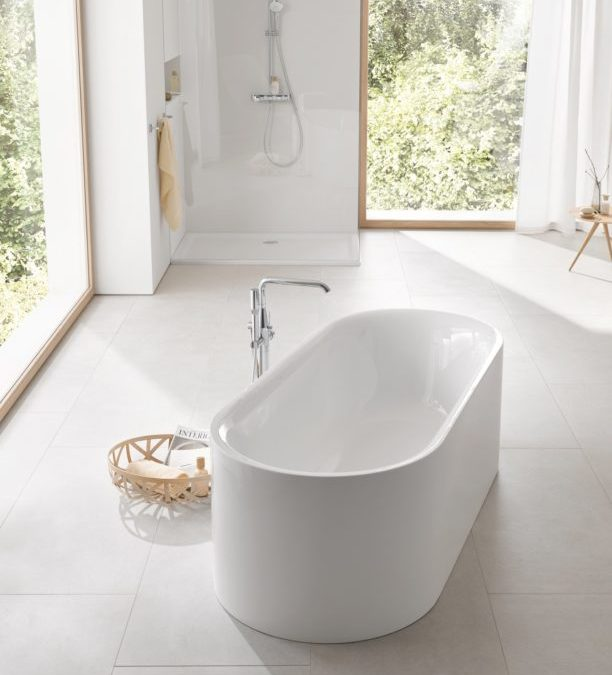 """الجمال بأنقى حلله: """"غروهي"""" تطلق مجموعة Essence الجديدة  لأحواض الاستحمام والسيراميك"""