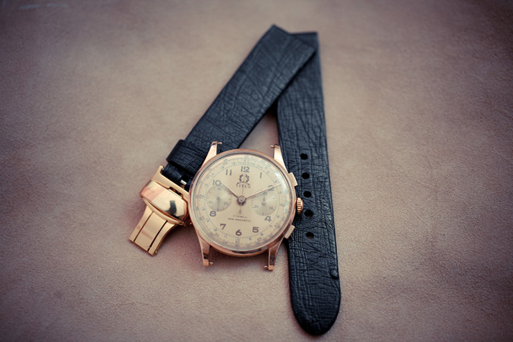 Ostrich leather classical watch strap for a vintage gold chrono by Maverick Custom Handmade