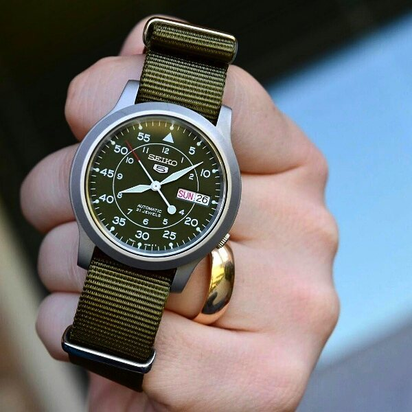 Clockwork Synergy Olive NATO Strap on Seiko SNK 805