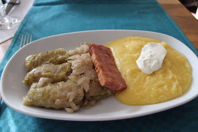 Sarmale, Romanian dish