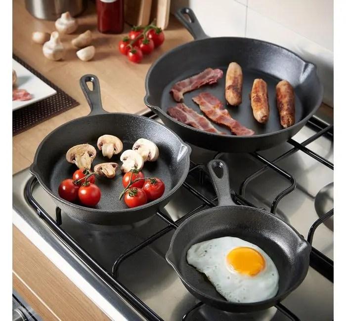 cast-iron-skillet-frying-pan-set 2
