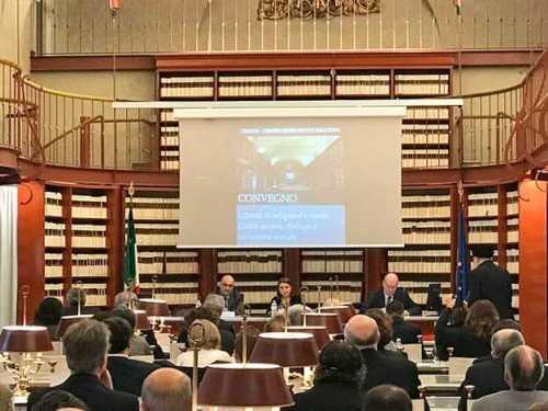 conferinţă italia