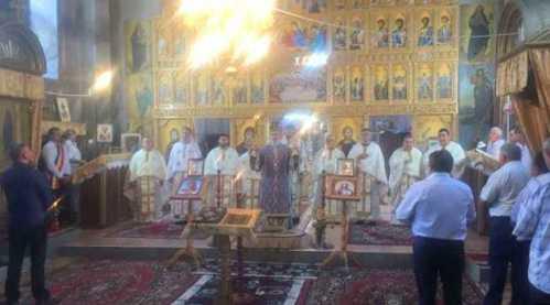 IPS Timotei prezent în Parohia Căprioara