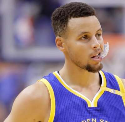 stephen-curry-against-the-pacers