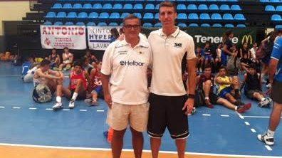 """Paco García, de nuevo en Tenerife: """"Iván Rodríguez es un ejemplo en el baloncesto"""""""