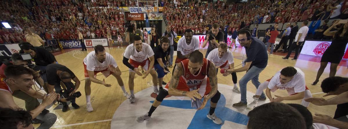 El Manresa arrolla al Melilla y vuelve a la ACB un año después