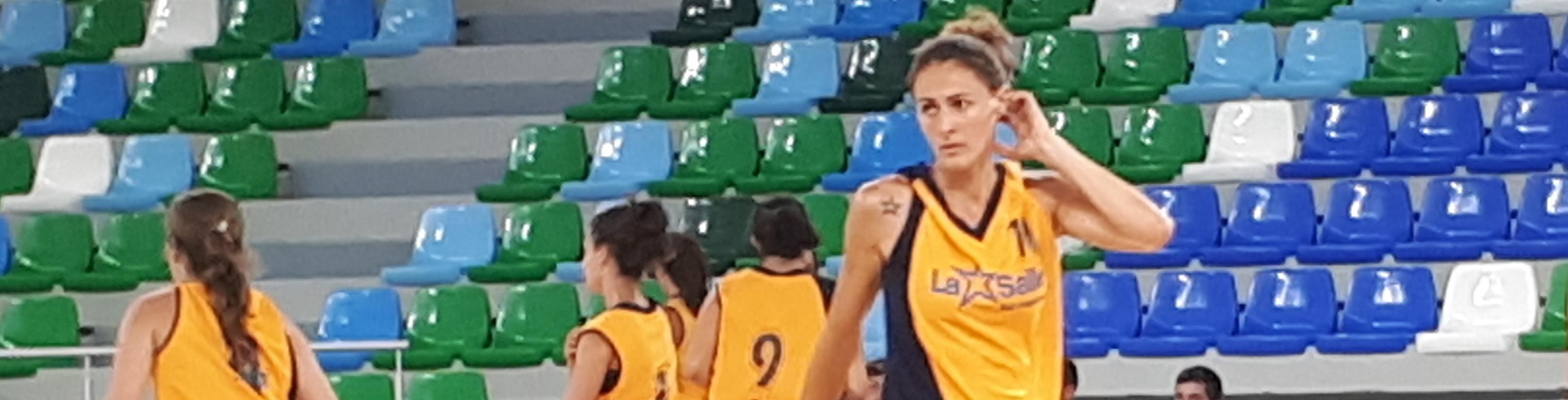 Eva Serra también se pone la estrella del United La Salle Basketball
